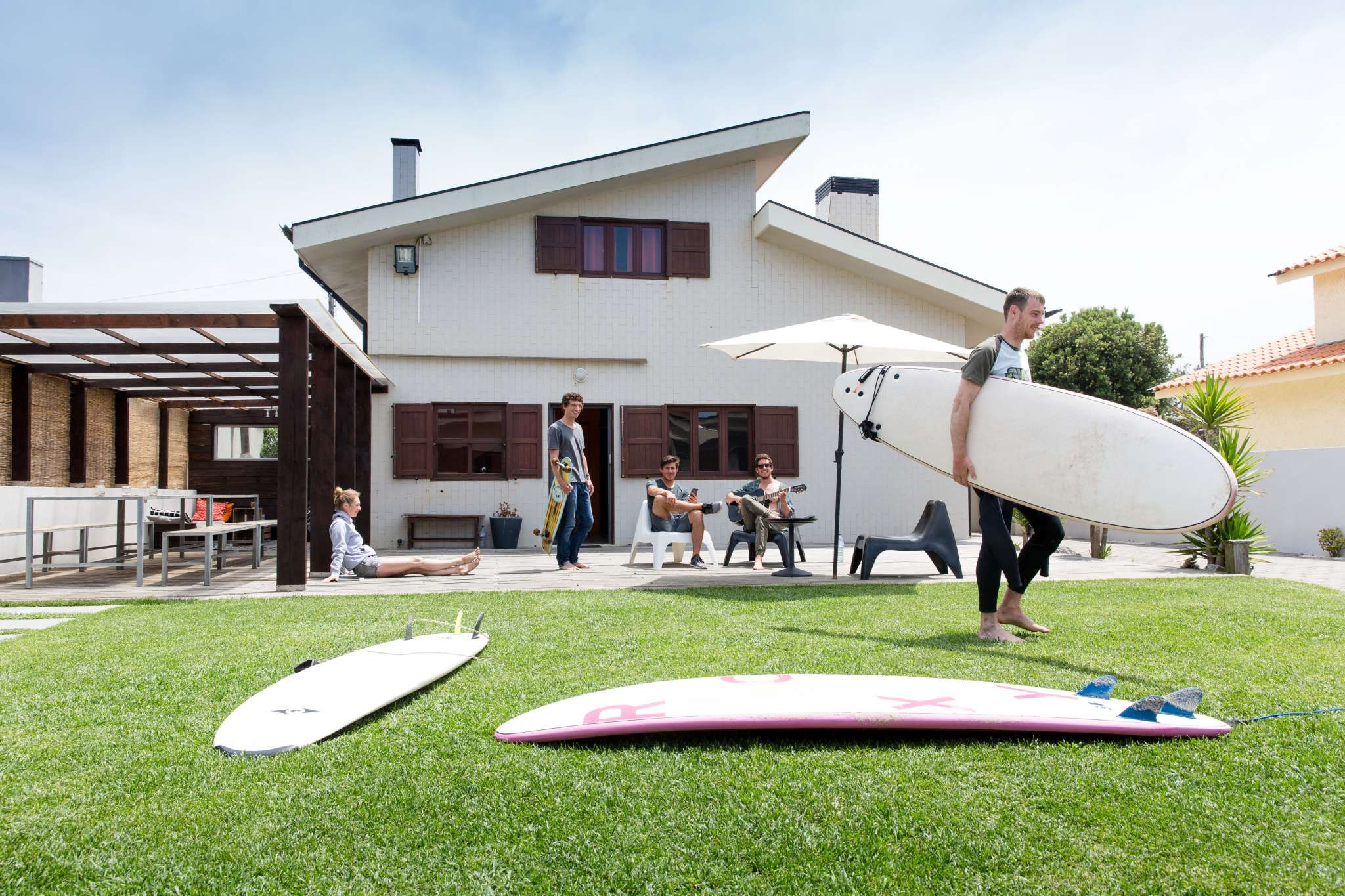 Surfivor Surf House Esmoriz